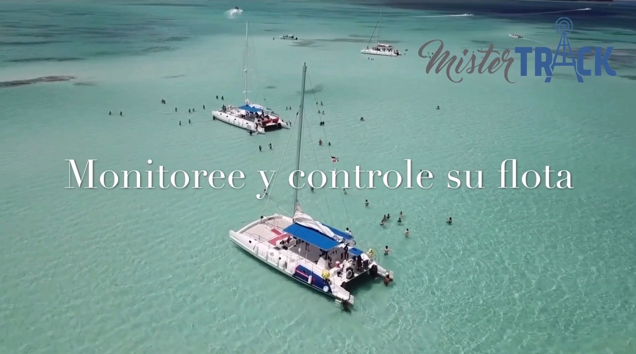 Rastreo de catamaranes en Republica Dominicana